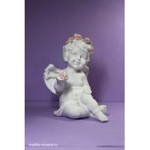 Ангел с розой в руке
